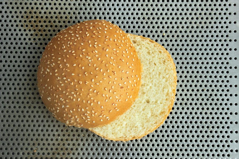 Burgerbolle brioche sweetbun sesam